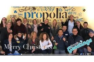 創辦人Mr. Benard和整個團隊衷心預祝各大客戶聖誕快樂和新年進步!